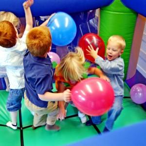 Alquiler castillos hinchables Valencia - Cumpleaños Valencia niños